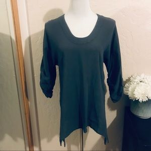 Oh my gauze! Gray Top ruched sleeves size 1